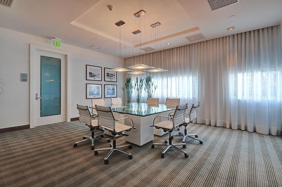 sapphire-conferenceroom